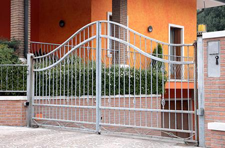 Zordan pietro realizzazione rampe da piazzale per camion for Ringhiere usate