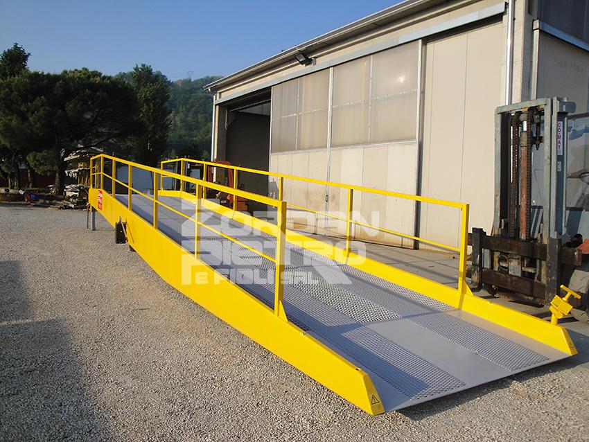 rampe di carico per container usate pompa depressione